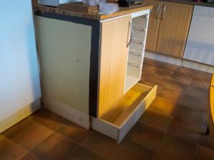 sockellåda sockellådor platsbyggt rullskenor köksstommar köksstomme